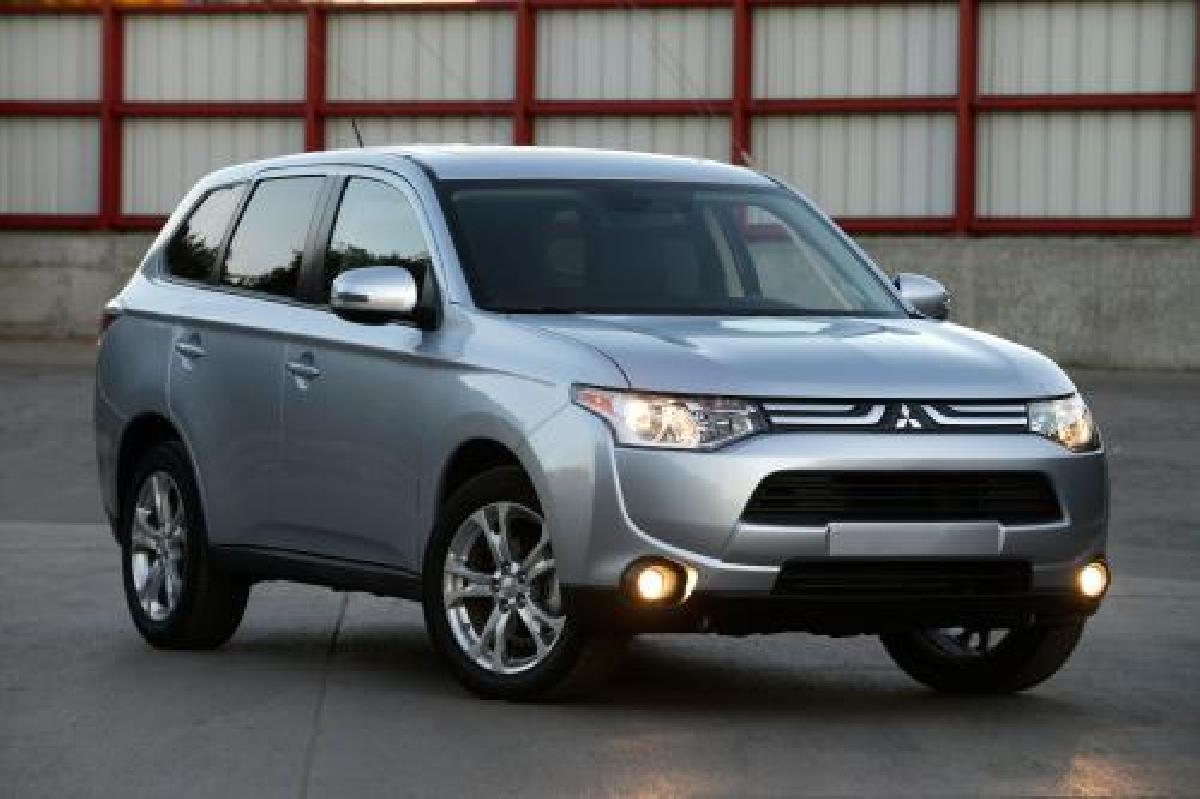 Mitsubishi, Outlander, 2014