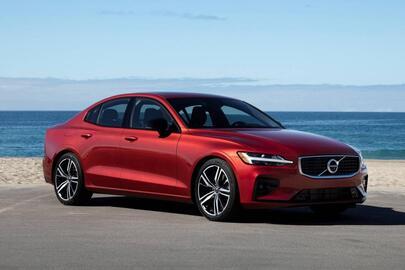Volvo S60 2021 : Bien plus qu'un plan B