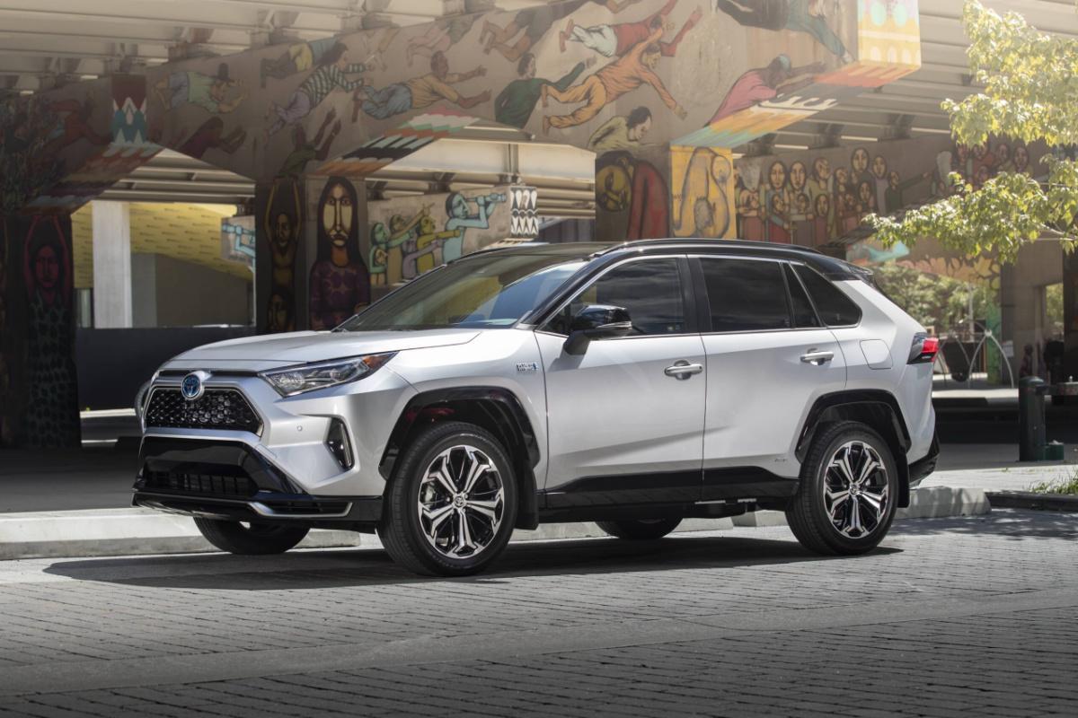 Toyota Rav4 Hybride 2021 : le véhicule idéal existe !