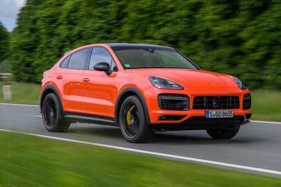 Porsche Cayenne 2021 : le succès dans la variété et les extrêmes