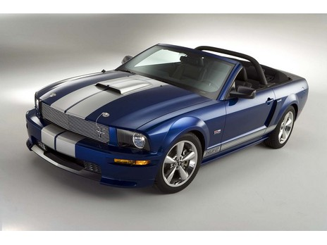 La Ford Mustang Shelby GT Coupe Convertible 2008