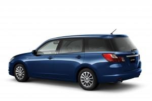 Des images de la Subaru Exiga de production