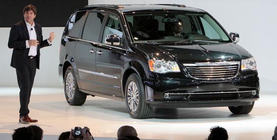 Le retour de la fourgonnette AWD chez Chrysler en 2013