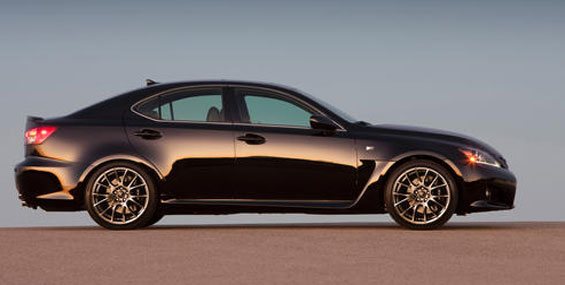 La Lexus IS F allie performances, luxe et confort.