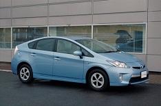 Toyota Prius 2013 : en avez:vous marre de financer les pétrolières ?