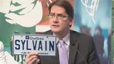 Enfin des plaques personnalisées pour le Québec!