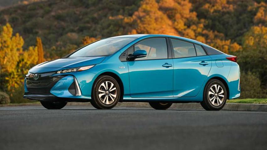 Toyota Prius 2019 4x4