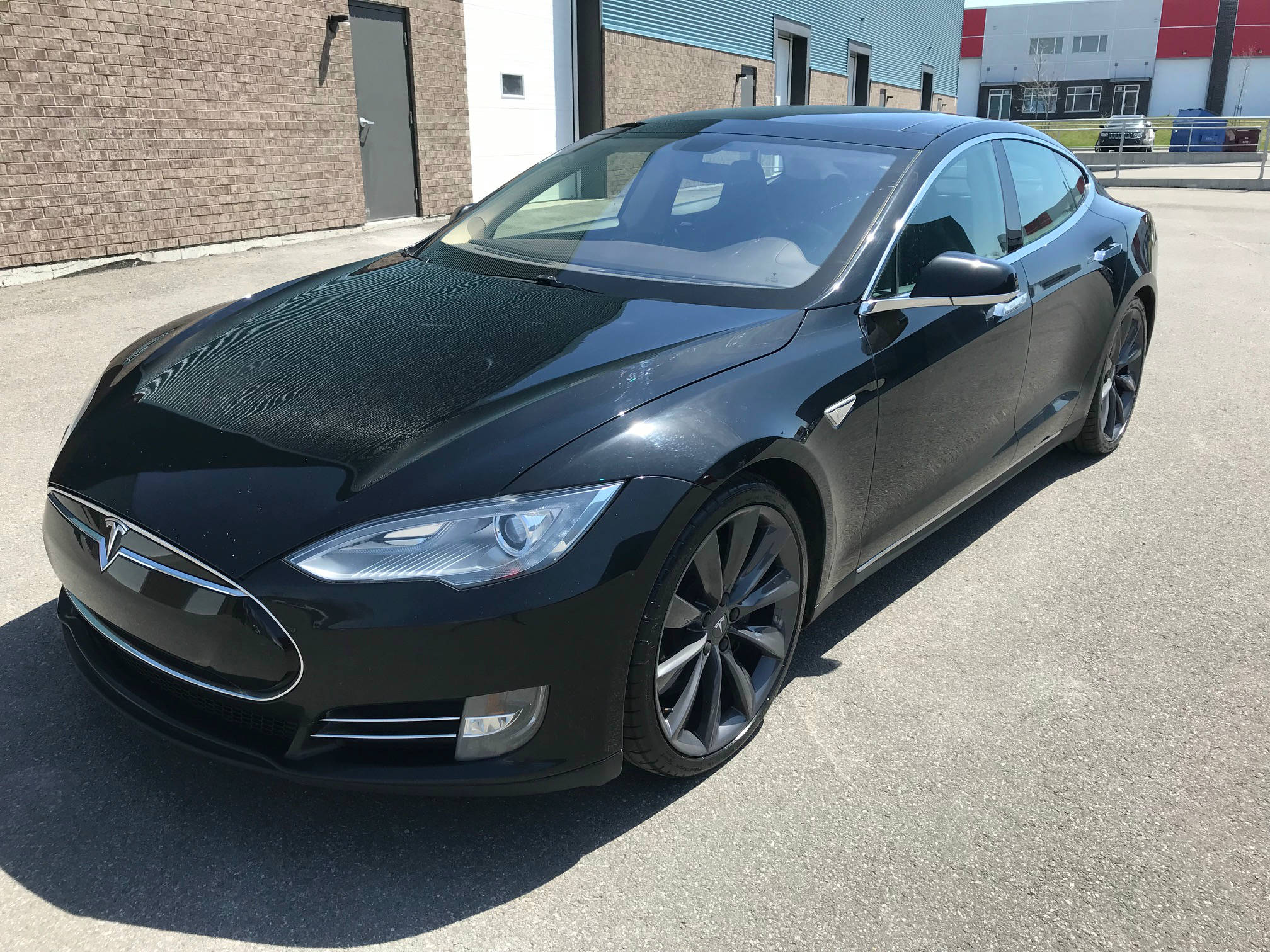 Used 2013 Tesla Model S in Mirabel,QC