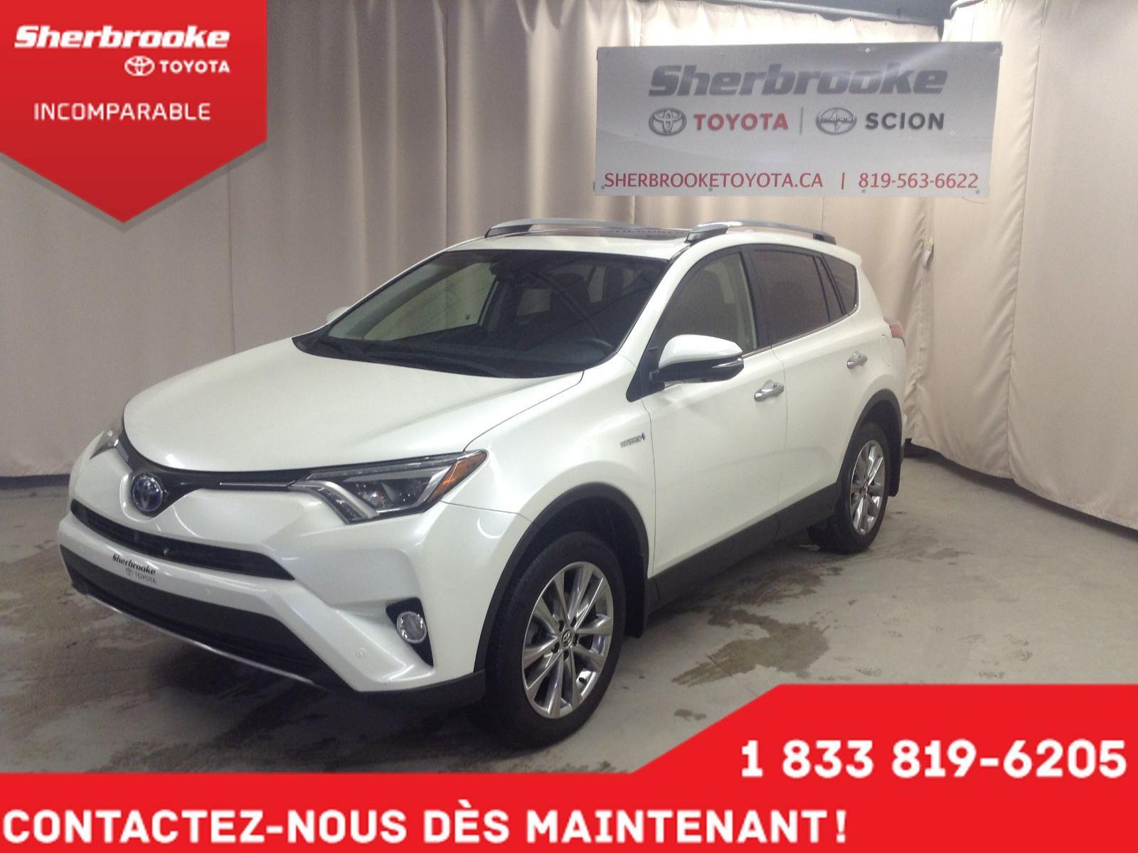 Used 2017 Toyota RAV4 in Sherbrooke,QC