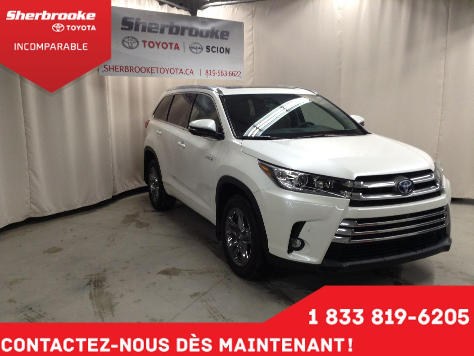 Used 2019 Toyota Highlander in Sherbrooke,QC