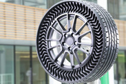Le nouveau pneu increvable de Michelin fait ses débuts sur le marché