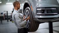 Covid-19 : Les pneus d'été jugés non essentiels par le gouvernement