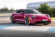 Porsche Taycan 2022 : une voiture haute en couleur