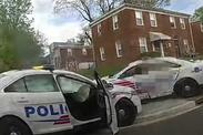 Washigton D.C. : 2 voitures de police font la course et cause un accident