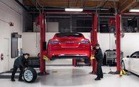 Tesla : une voiture qui s?autor?pare ou presque
